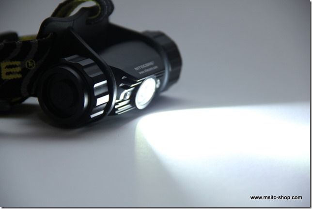 Review NiteCore HC50 053